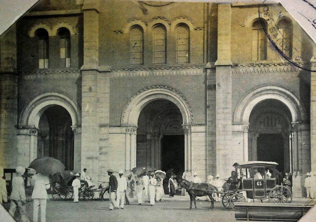 Nhà thờ Đức Bà năm 1930