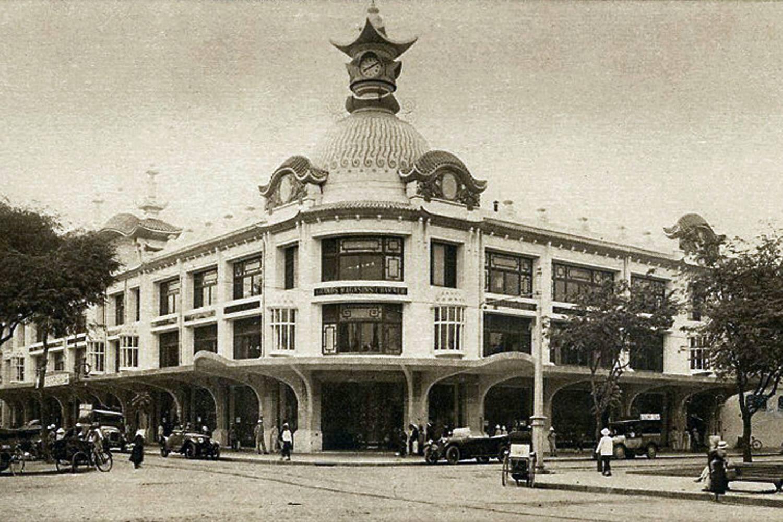 Les Grands Magasins Charner Saigon 1925