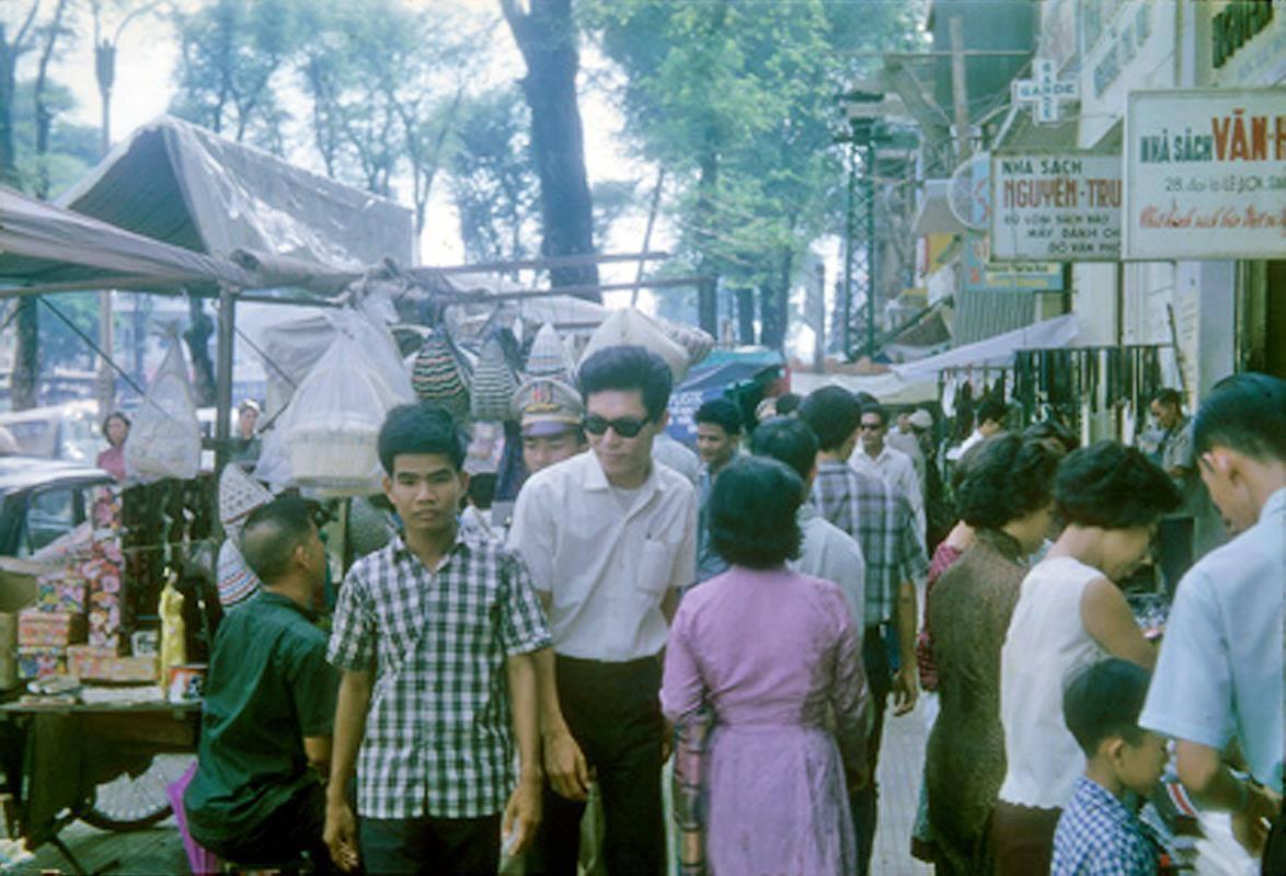 Le Loi Street