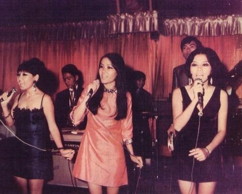 Tam ca Ba Trái Táo 1972