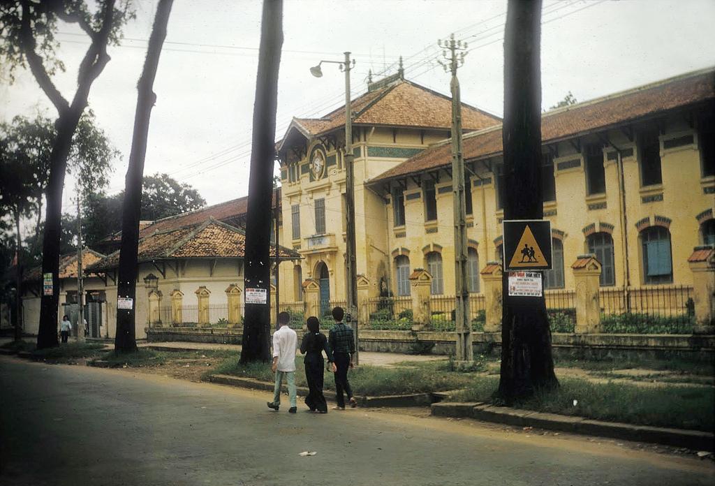 Trường Nữ Gia Long