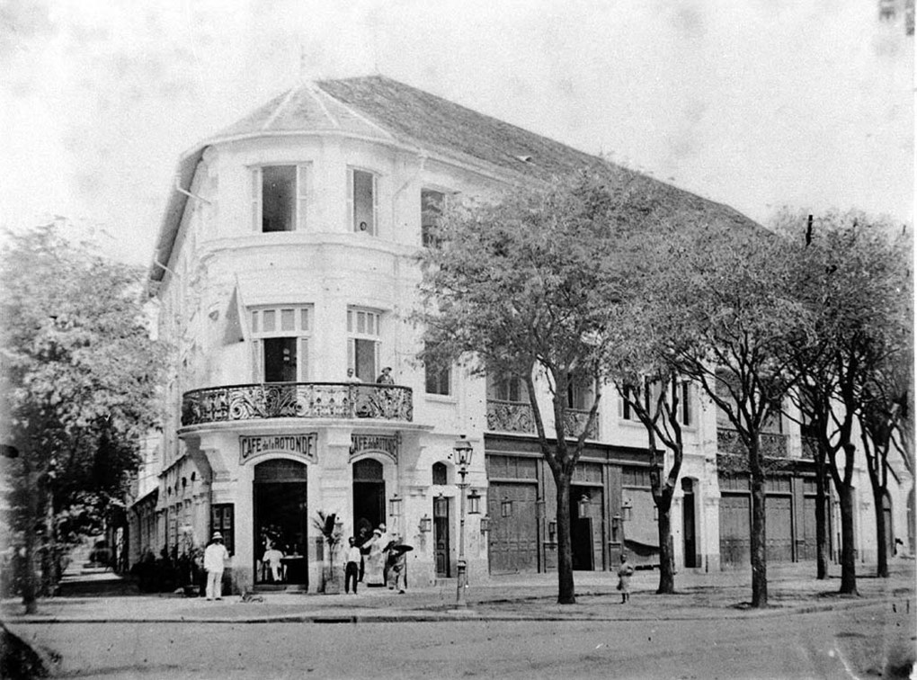 Đường Catinat - Café de la Rotonde