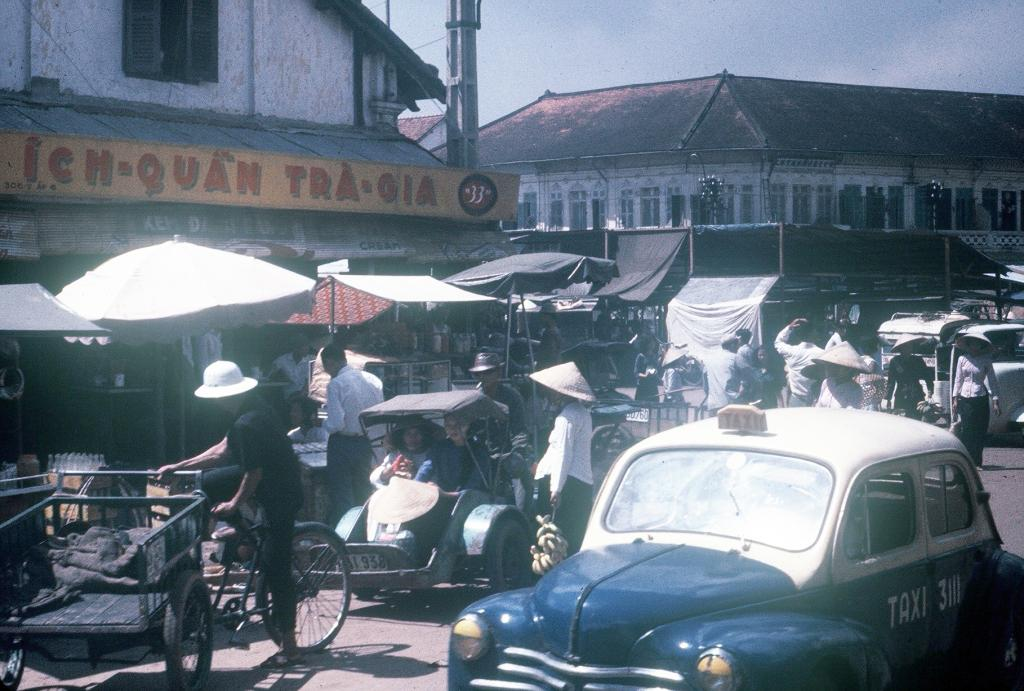 Gary Mathews - Saigon - Chợ Bà Chiểu 0