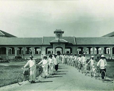 Học trò Trường Pétrus Trương Vĩnh Ký ở Sài Gòn thập niên 1930