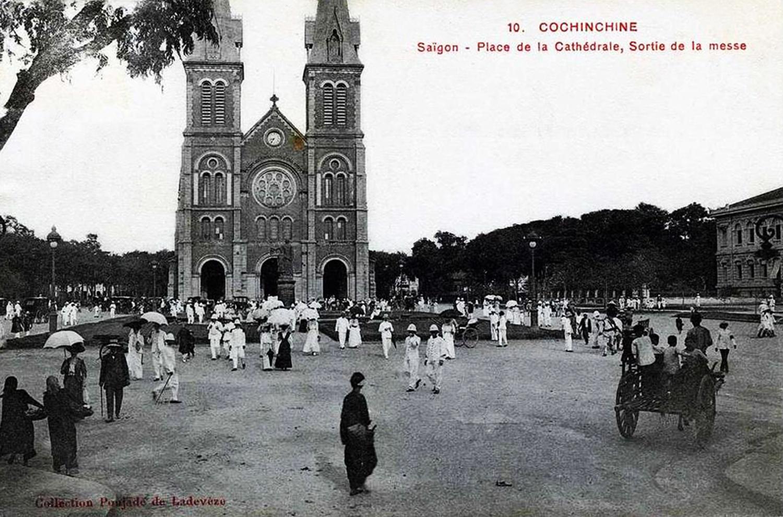 Nhà thờ Đức Bà Saigon