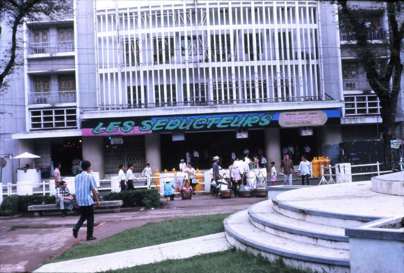 Rạp Rex 1968