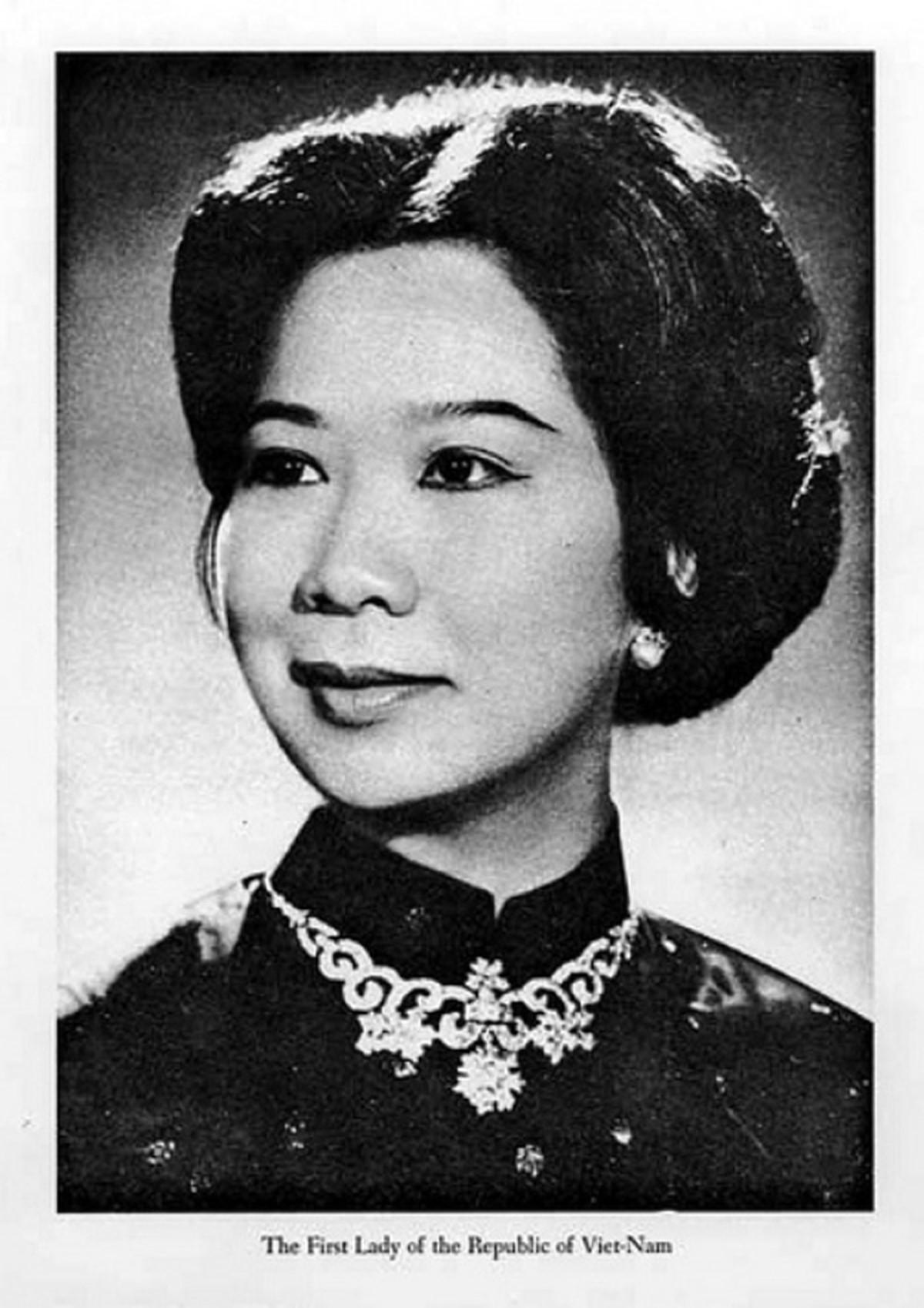 Nguyễn Thị Mai Anh - Đệ Nhất Phu Nhân Nguyễn Văn Thiệu