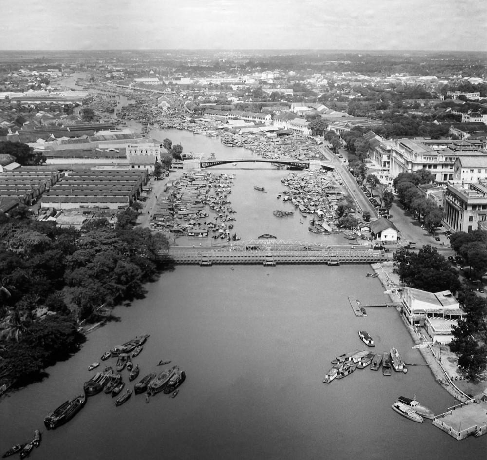 8 công trình đầu tiên của Sài Gòn xưa - Cầu Mống