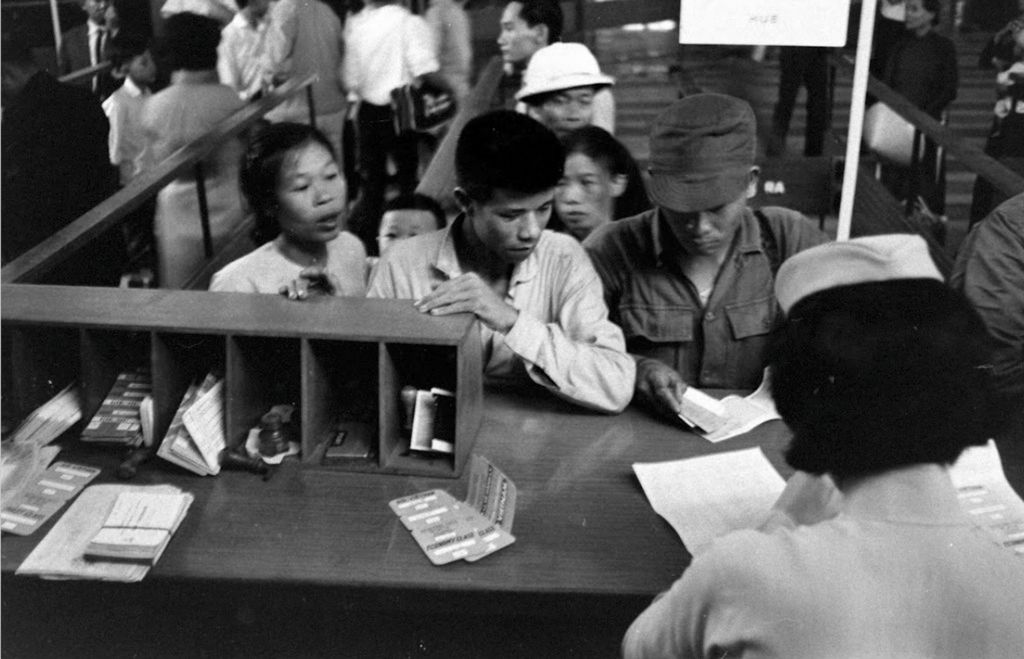 Người Sài Gòn Xưa Đi Máy Bay