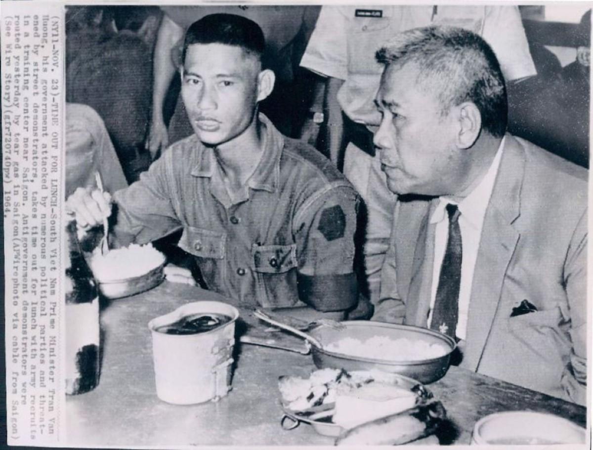 Tổng Thống VNCA Trần Văn Hương